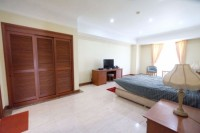For Rent Casablanca 3 Bedroom Fully Furnished Middle Floor